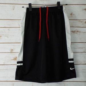 Nike Boys Athletic Shorts Size M